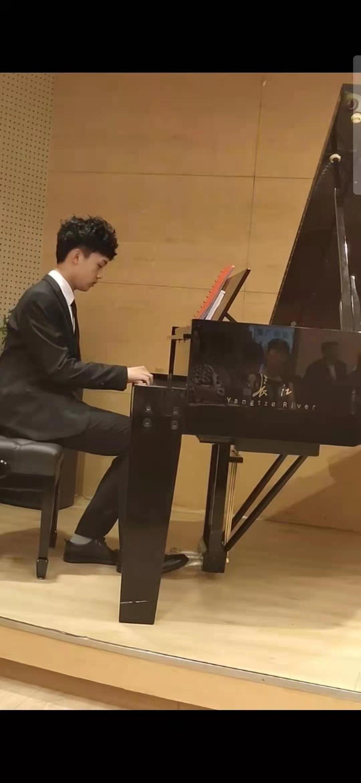 钢琴一对一辅导教学